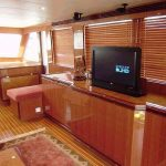 novatec classic 56 saloon starboard tv