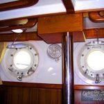 DD382 interior port light