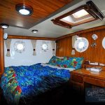 DD382 interior cabin aft